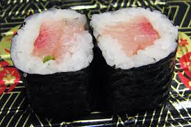 Yellowtail_Scallion_Roll2